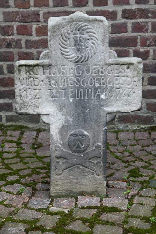 Sandsteinkreuz11