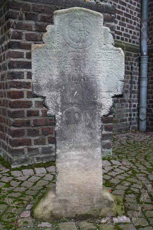 Sandsteinkreuz8